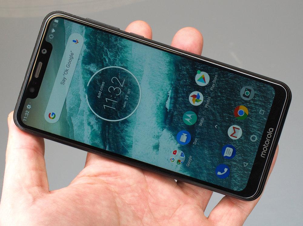 Motorola One 2018 (7)
