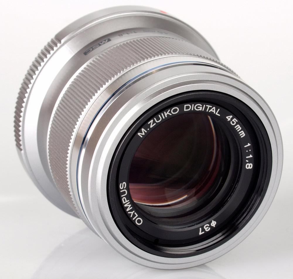 Olympus 45mm f/1.8 Zuiko Digital Micro Four Thirds Lens
