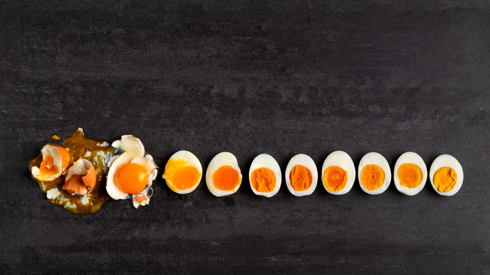 Eggs cooked in order