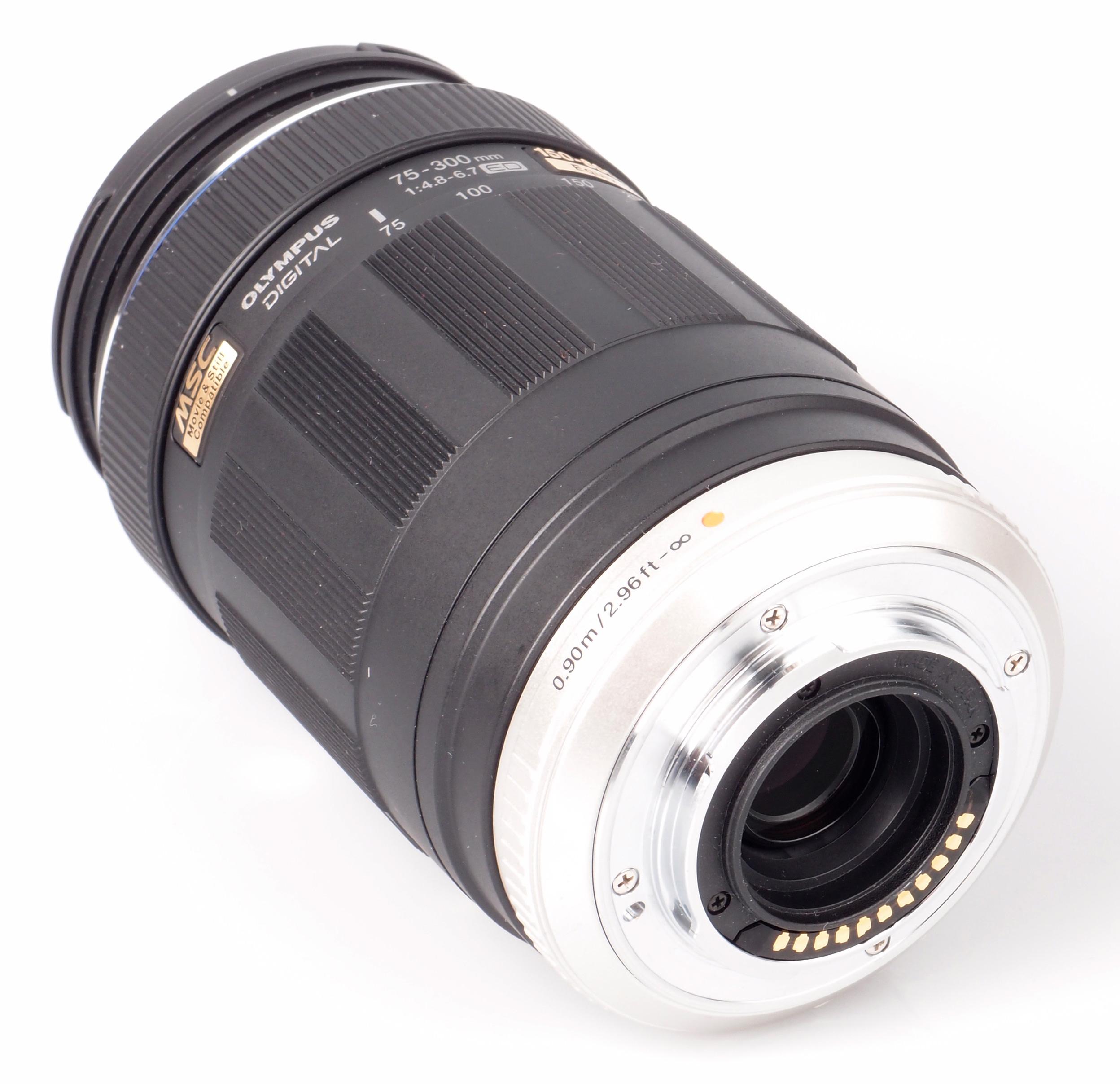 Olympus M ZUIKO ED 75 300mm f 4 8 6 7 Lens Review