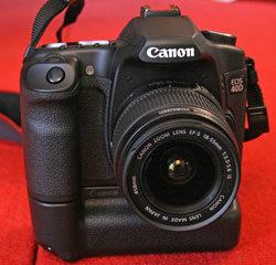 Canon EOS 40D front