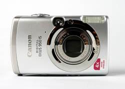 Canon IXUS 950 IS front