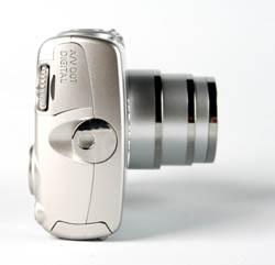 Canon IXUS 950 IS side