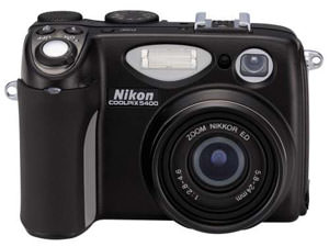 Coolpix 5400 digital camera from Nikon