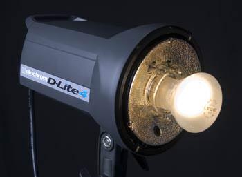 Elinchrom D-Lite 4 modelling light
