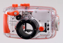 Fujifilm announce underwater housing for FinePix F710 Zoom digital camera