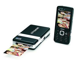 PoGo printer and a mobile phone