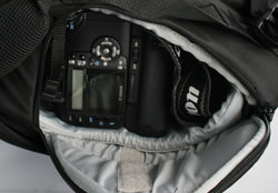 Lowepro Primus AW side SLR access