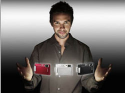 Sony Cyber-Shot T200 and T70 widescreen compacts