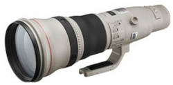 Canon EF800mm f/5.6L IS USM telephoto lens