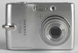 Nikon Coolpix L11 front view