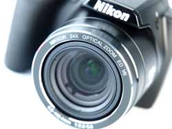 Nikon Coolpix P90 lens