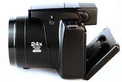 Nikon Coolpix P90 articulating screen degree