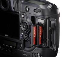 Nikon D3 Card Slot
