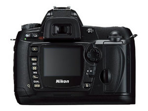Nikon D70s improves on the D70