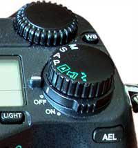 Olympus E-20 dials