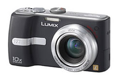 Panasonic Lumix DMC-TZ1, the worlds smallest 10x optical zoom digital still camera