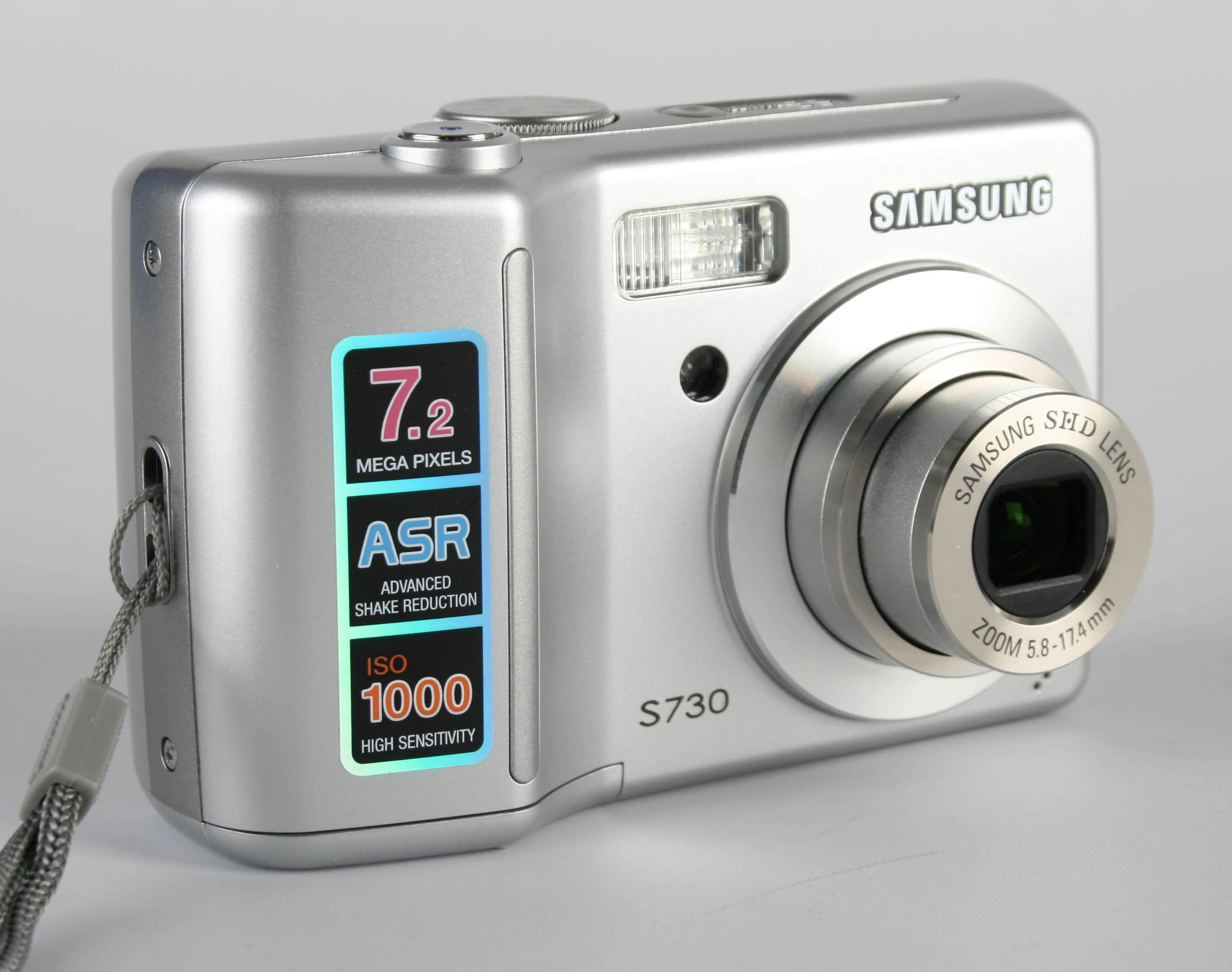 samsung digimax s730 digital camera review rh ephotozine com Samsung S730 Accessories Samsung I7