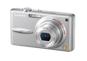 Panasonic Lumix DMC - FX30 - slim yet with wide angle lens camera launched