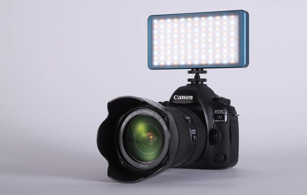 FalconEyes F7 Mini LED Light