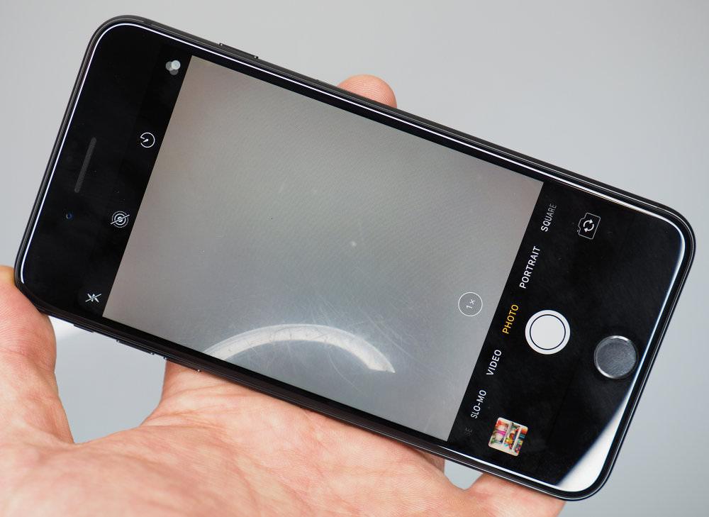Iphone 8 Plus (3)