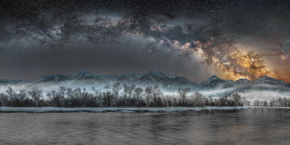 Cold Night on the Yellowstone © Jake Mosher (USA)