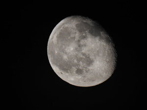 Be Ready For The 'Super Blue Blood Moon': How To Photograph The Moon