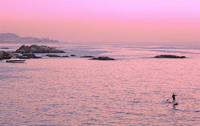 Ben Evans pink sea