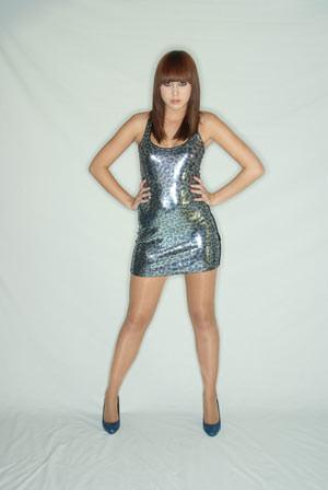 Bowens Ringflash Pro - Chloe Bleackley against light background