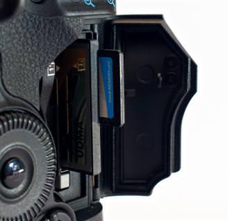 Canon EOS 1D Mk IV Memory Cards