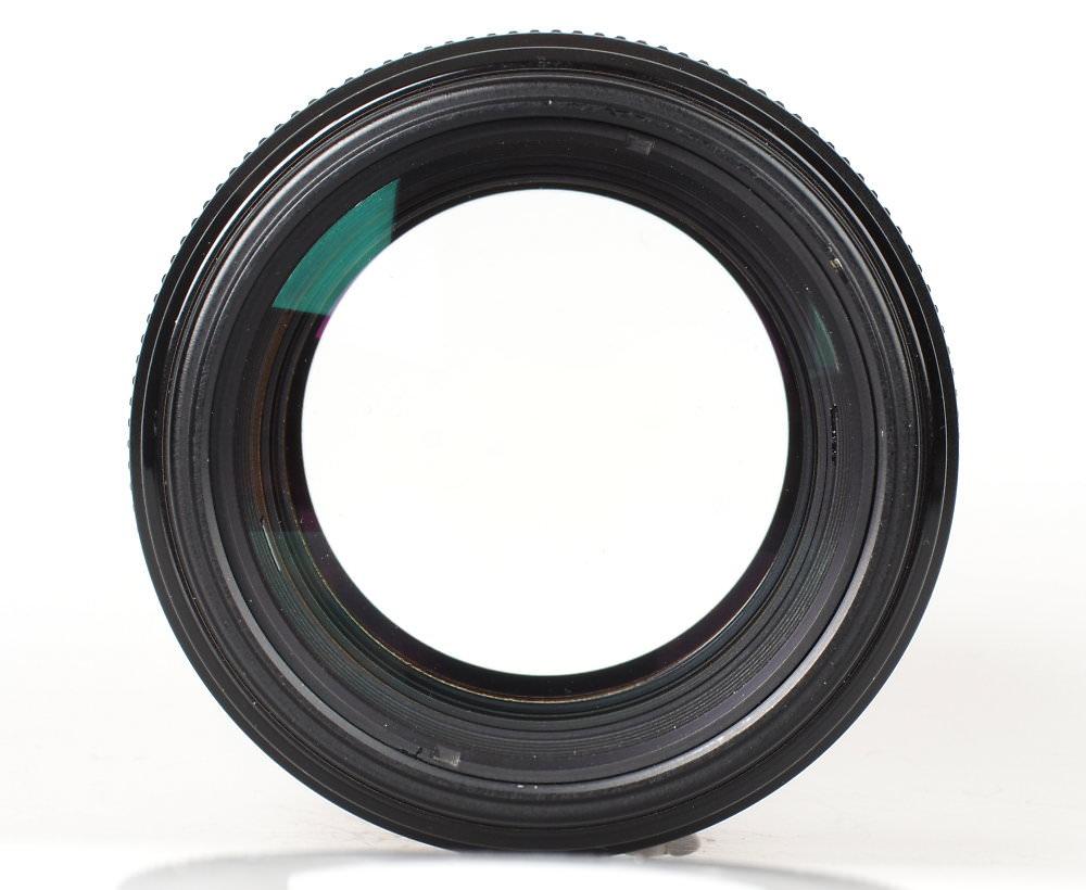 Canon EF 100mm F2 USM (1)