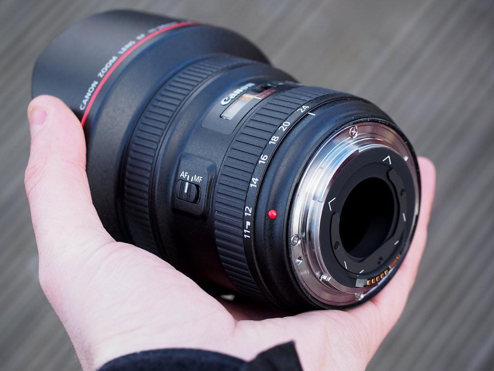 Canon EF 11 24mm F4L USM Lens (4)