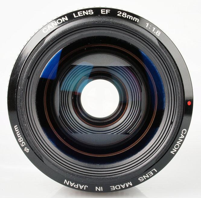Canon EF 28mm f/1.8 USM