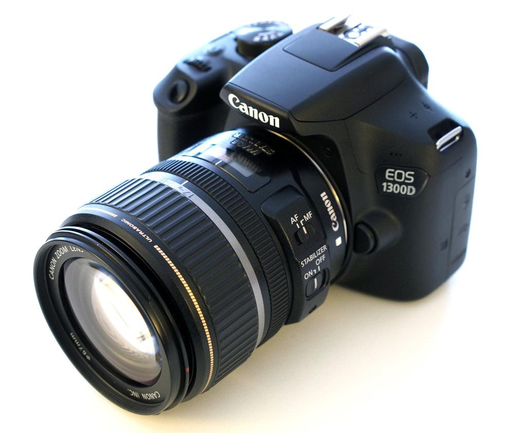 Canon EOS 1300D DSLR (2)
