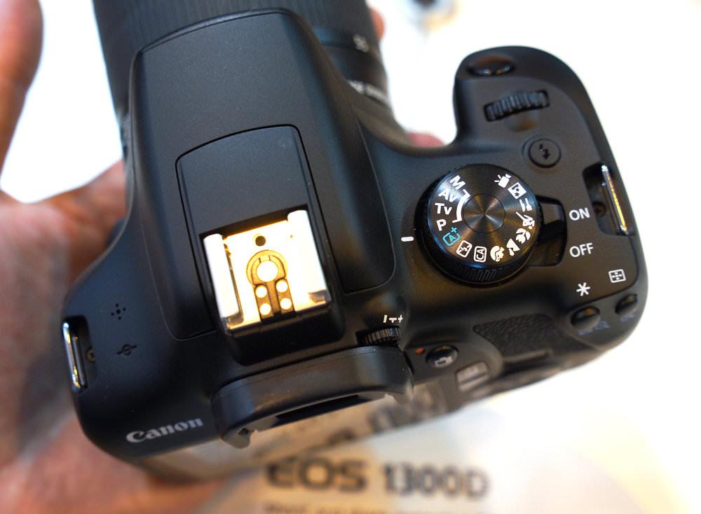 Canon EOS 1300D DSLR (3)