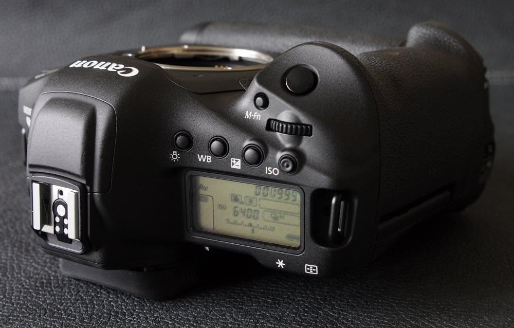 Canon EOS 1D X MarkII DSLR (14)