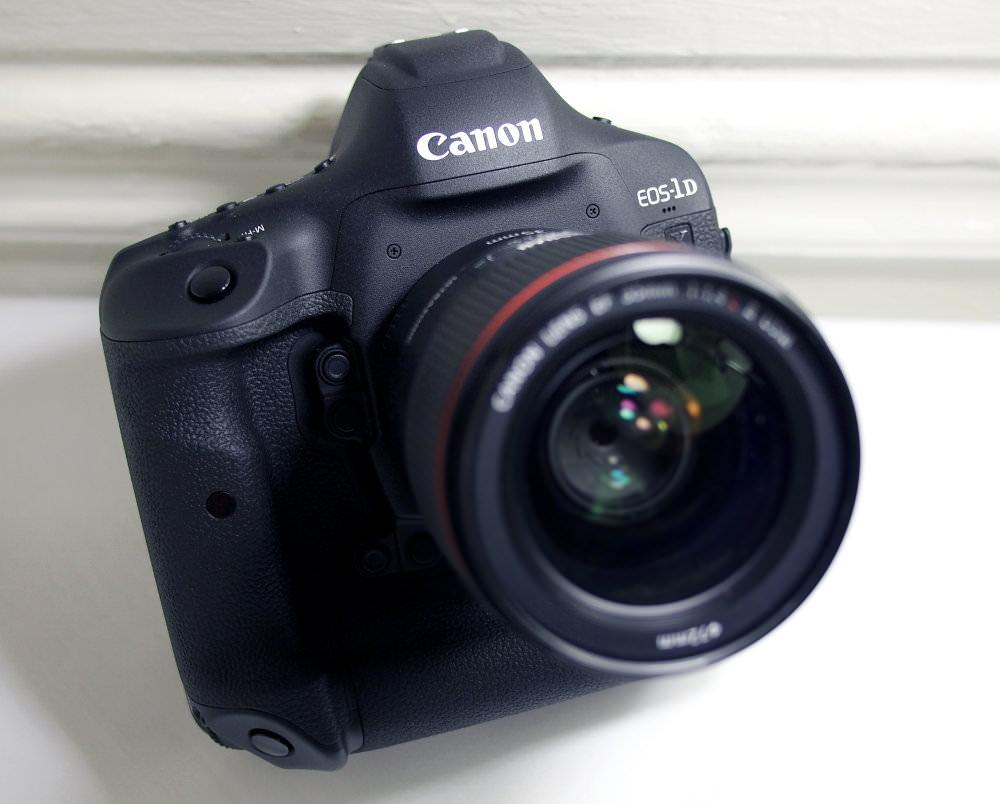 Canon EOS 1DX MarkII (3)
