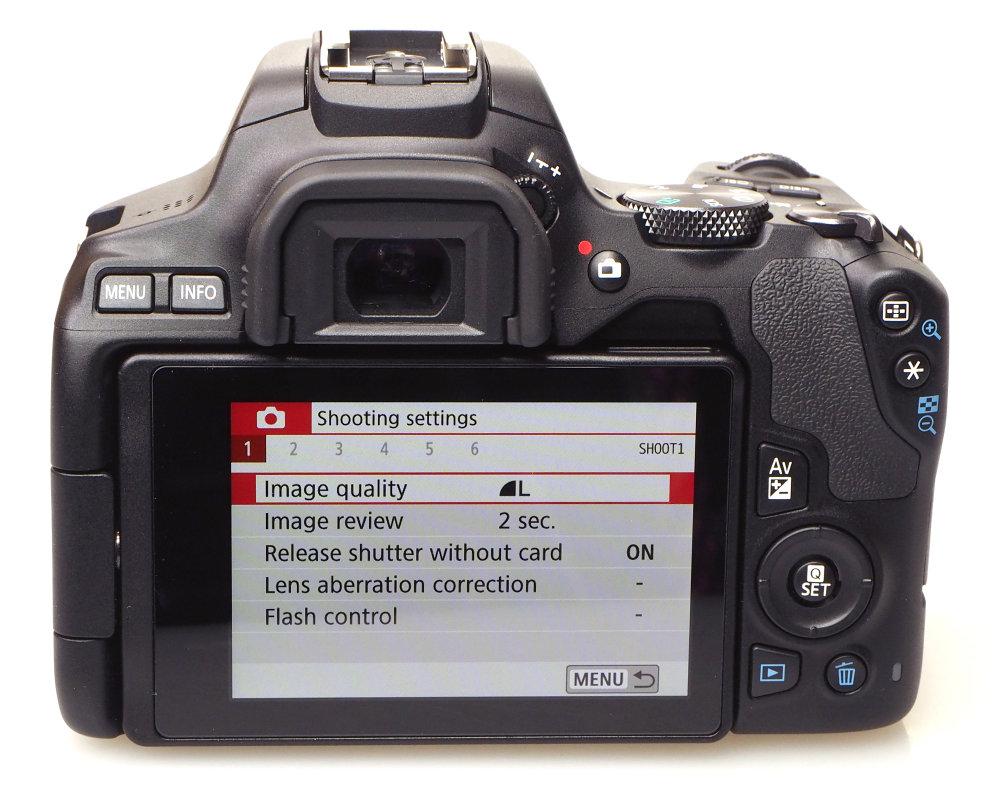 Canon EOS 250D Black (14)