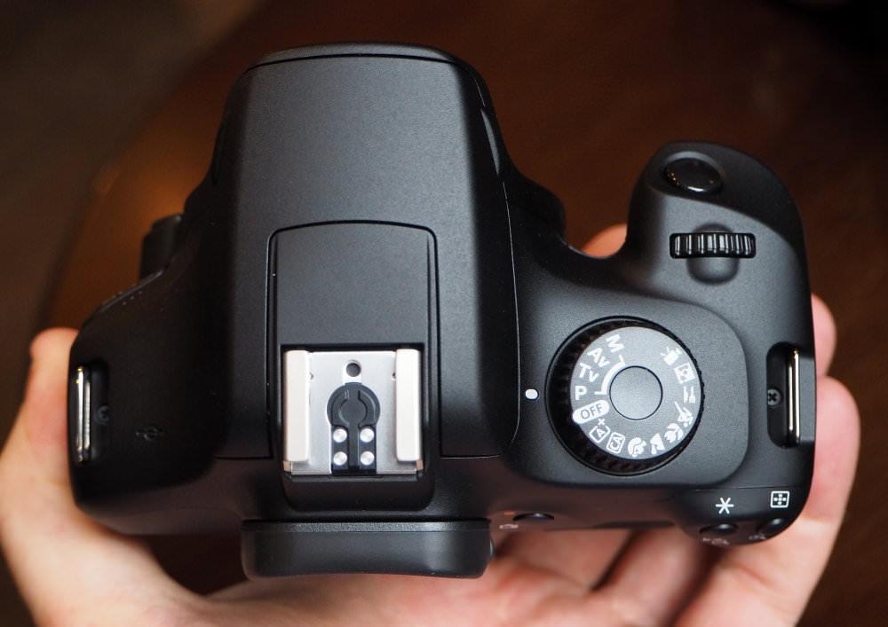 Canon EOS 4000D 18mp (9)