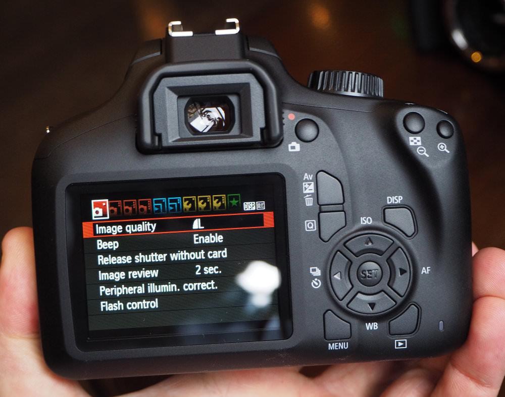 Canon EOS 4000D 18mp (10)