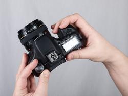 Canon EOS 50D vs Pentax K-7: Canon dials