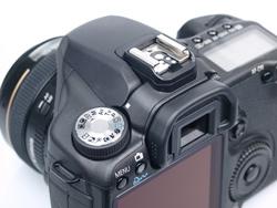 Canon EOS 50D vs Pentax K-7: Canon EOS 50D command dial