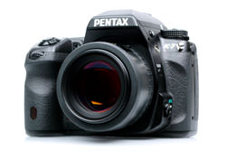 Pentax K-7 vs Canon EOS 50D: Pentax K-7 winner