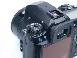Canon EOS 50D vs Pentax K-7: Pentax K-7 command dial