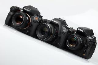 Canon EOS 5D MkII, Nikon D700 & Sony Alpha A850 cameras lined up