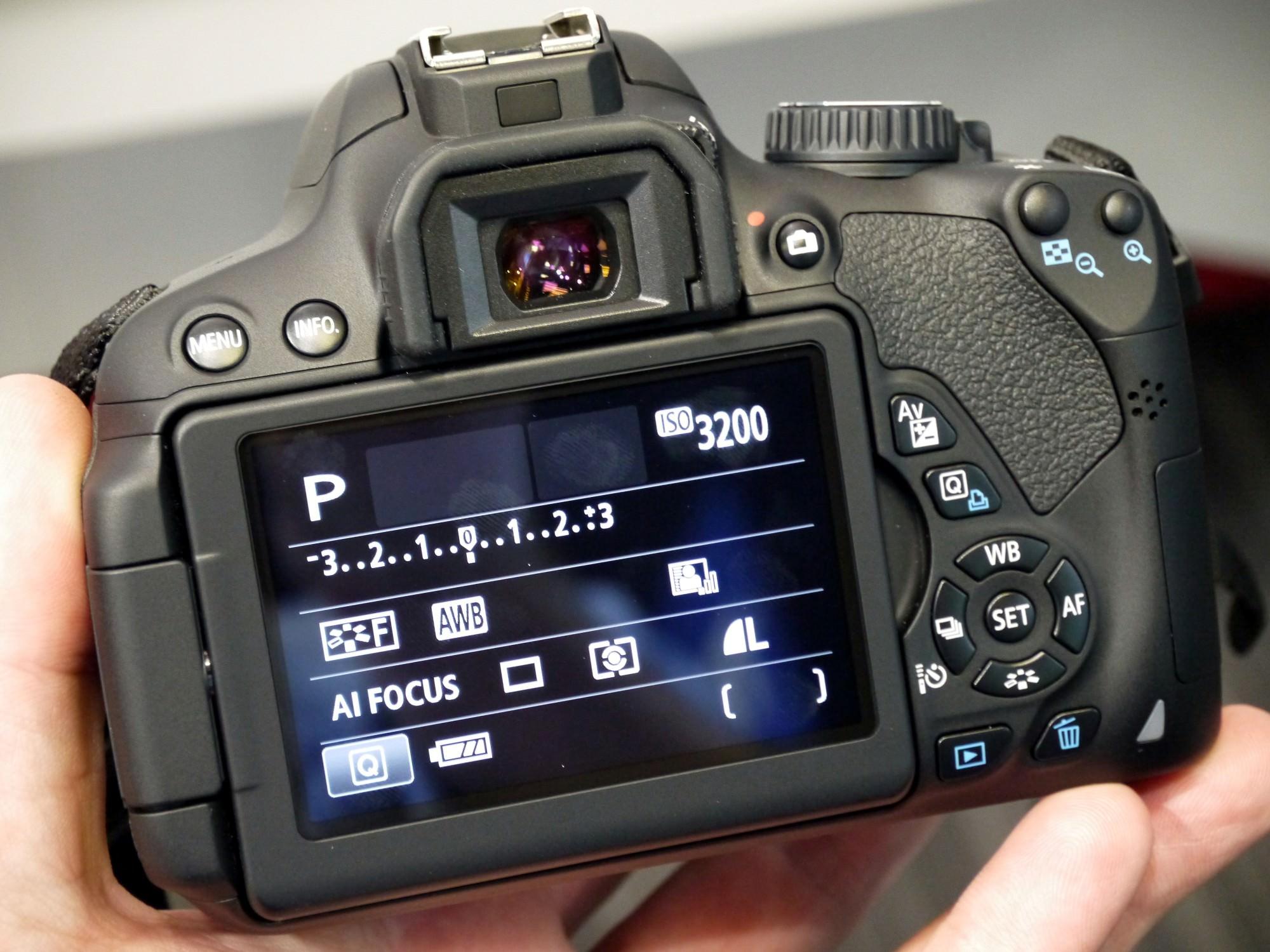 Canon Eos 650d Hands On (1) (Custom)