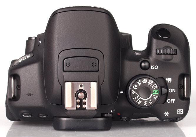 Canon EOS 700D DSLR (4)