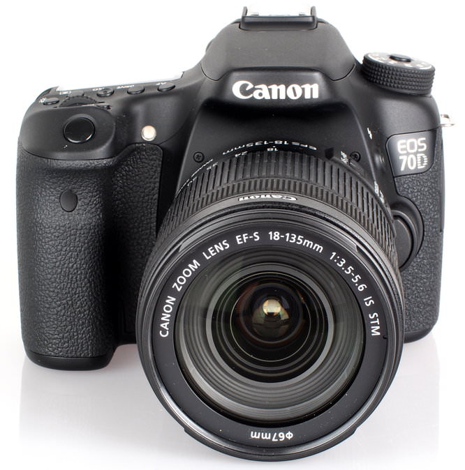 Canon EOS 70D With 18 135mm STM Lens (2)