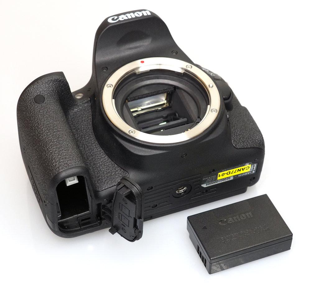Canon EOS 77D (7)