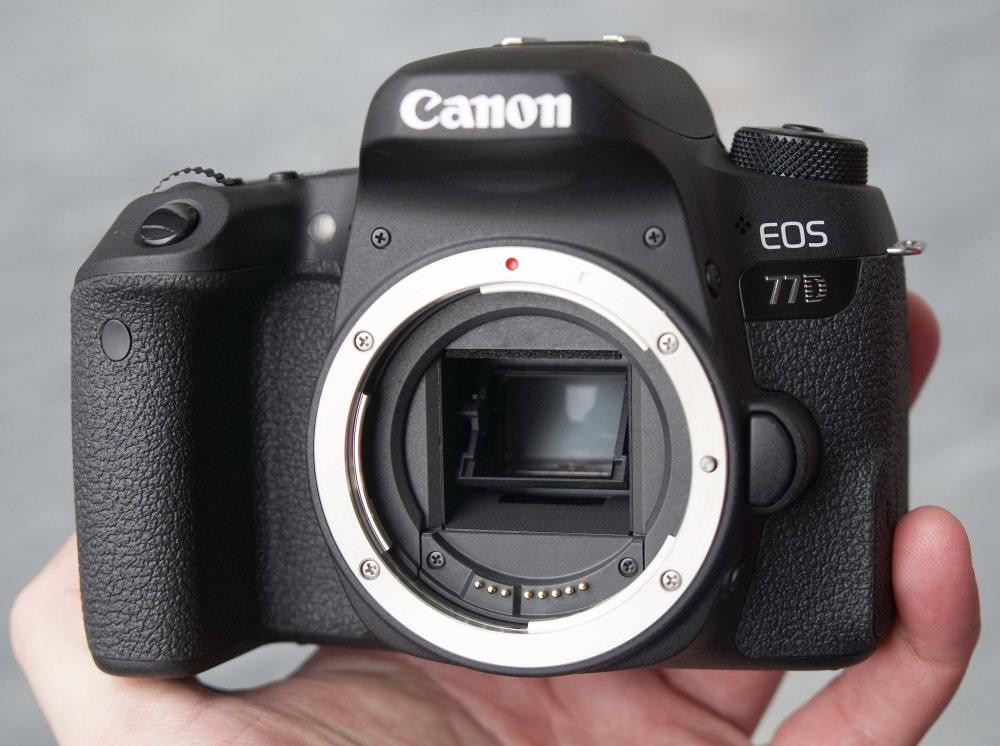 Canon EOS 77D DSLR (13)